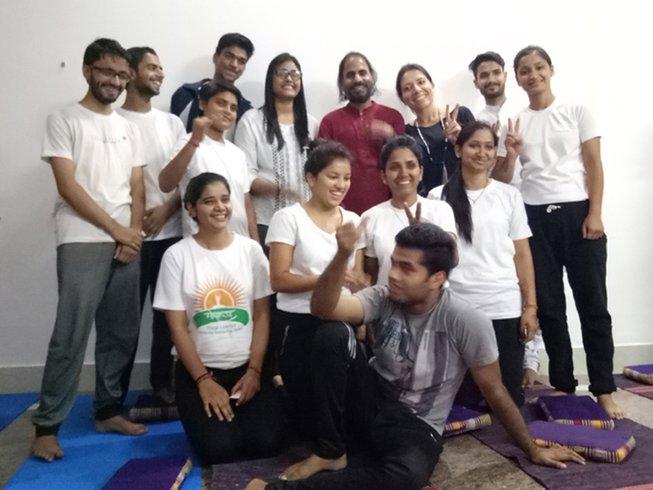 7 días de retiro de yoga en Rishikesh, India