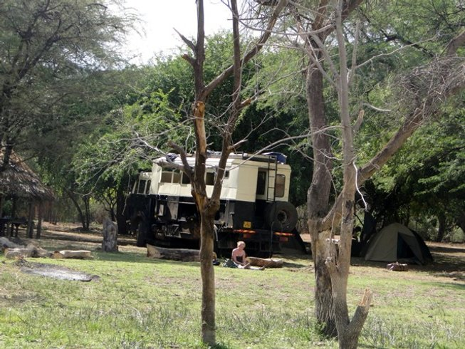9 Days Marvelous Budget Kenya and Uganda Safari