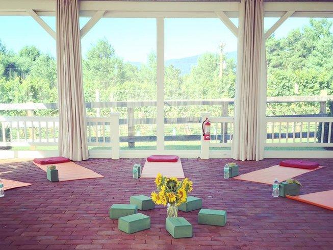 4 Days Luxury Yoga Retreat in Virginia, USA