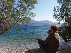 8 jours en stage de yoga, detox, ayurveda et méditation sur l'île de Symi, Grèce
