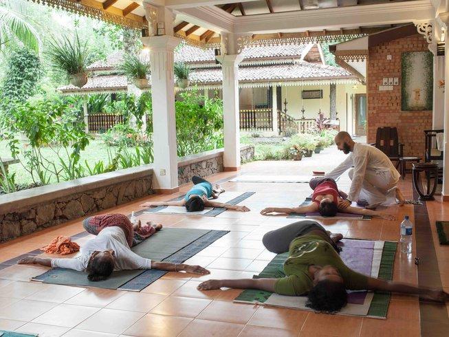 15 días retiro de yoga y detox natural en Kalutara, Sri Lanka