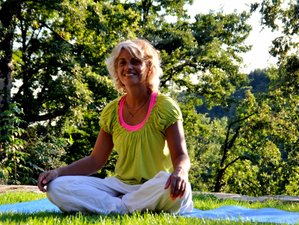 4 Days Rejuvenating Weekend Yoga Retreat Tuscany, Italy