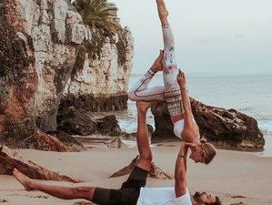 4 días de vacaciones de acroyoga aéreo y diversión en la playa de Cascais, Portugal