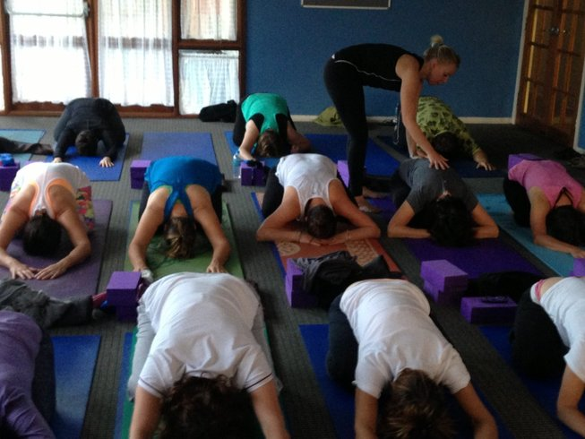 8 Days Invigorating Yoga Retreat Australia