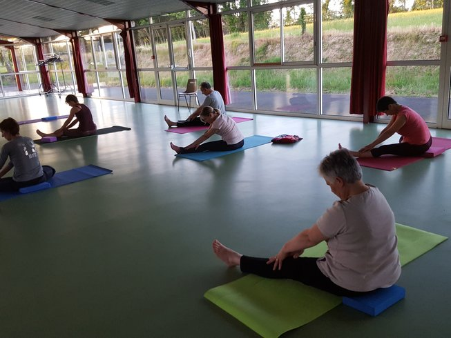 """5 jours en stage de yoga, méditation et cours de cuisine """"menus de fêtes"""" en Charente, France"""