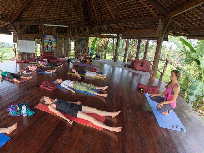 11 Days Yin Fascial Yoga Teacher Training in Portugal