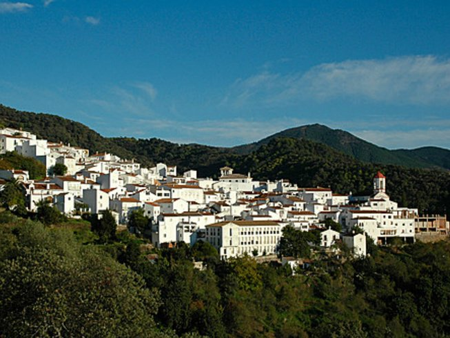 7 Days Meditation and Yoga Retreat in Malaga, Spain