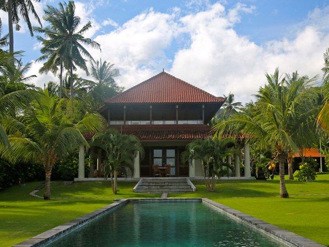7 Days Mixed Media Art Workshop, Meditation, and Yoga Retreat in Karangasem, Bali