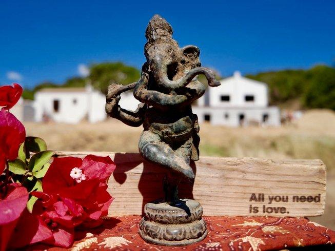 4 Tage Anusara & Yin Yoga Retreat auf Sardinien, Italien