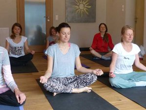 25 Days 200-hour Yoga Teacher Training in India