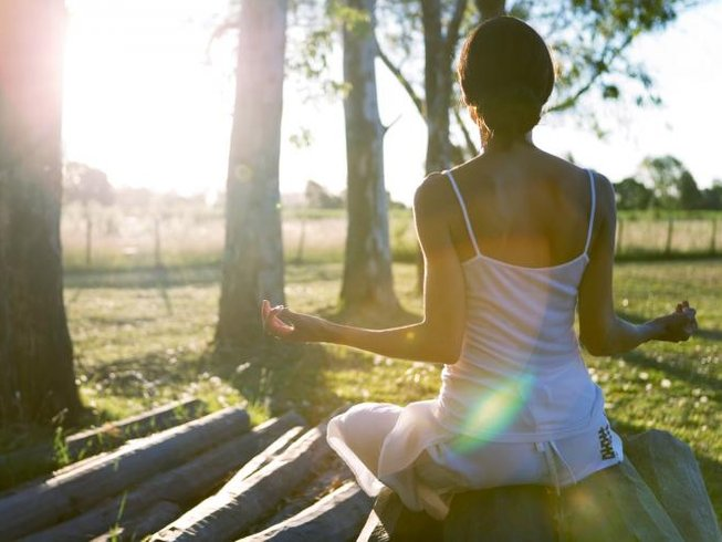 6 Days Personalized Yoga & Detox Retreat in East Sussex