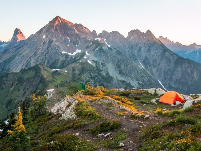 4 Tage Yoga Backpacking Retreat in  Washington State, USA