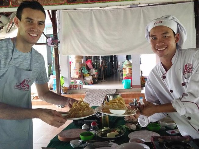 6 Days North and South Vietnam Cooking Tours