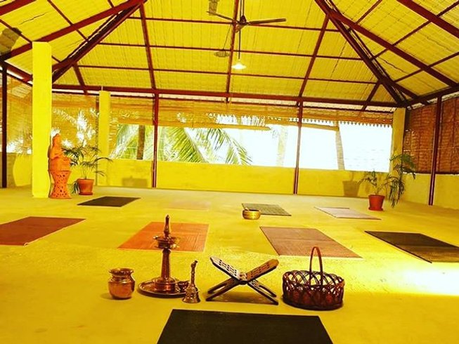 21 Days Ayurveda Yoga Retreat Kerala, India