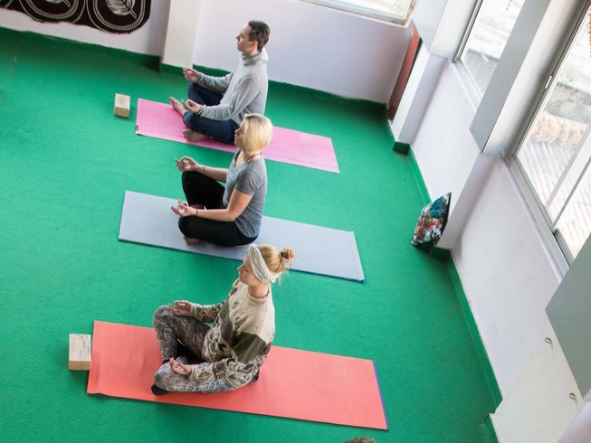 14 jours en stage de yoga, méditation dans la quiétude et déblocage émotionnel à Rishikesh, Inde