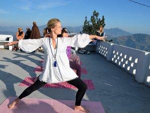 31 Tage Detox, Ayurveda, Meditation und Yoga Retreat in Rishikesh, Indien