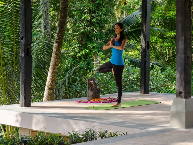 6 Days Yoga, Raw Food, Empowering You Retreat in Bali