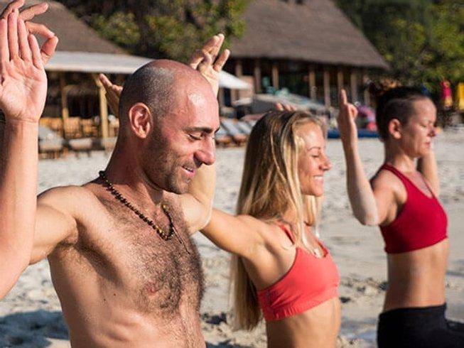 28 jours-200h de formation de professeur de yoga, Petites îles de la Sonde occidentales, Indonésie