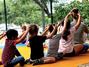 36 días, 45 horas de Certificación de yoga para niños en línea.
