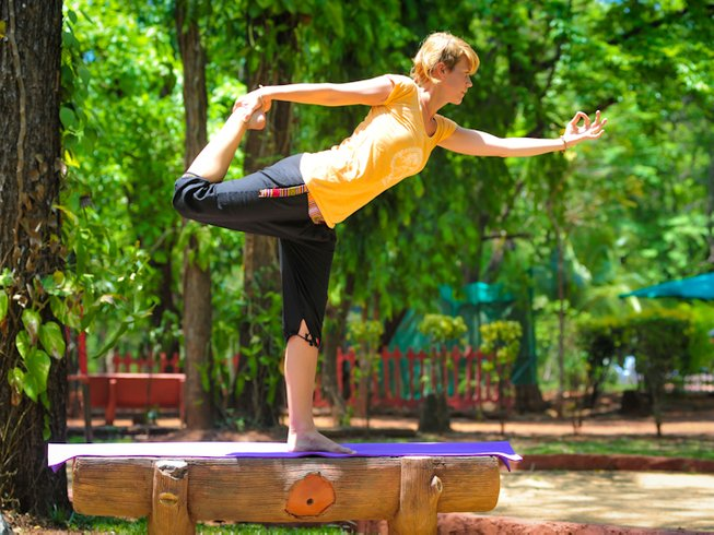 7 Days Hormonal Yoga Therapy Retreat in India