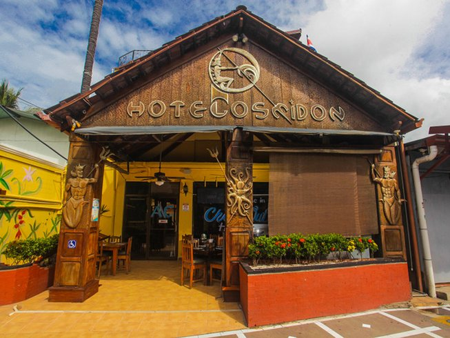 4 Days Relaxing Yoga and Surf Camp Hotel Poseidon Jaco, Costa Rica