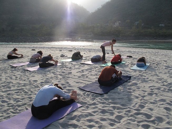 42 Days 300-hour YTT in Rishikesh Yog Peeth, India