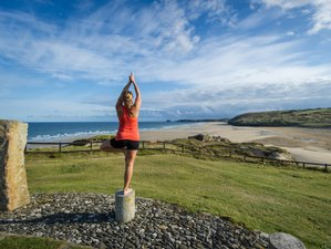 4 Days Surf and Yoga Retreat in Cornwall, UK