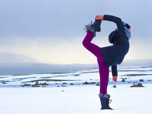 7 Days Night Lights Adventure Yoga Retreat in Iceland