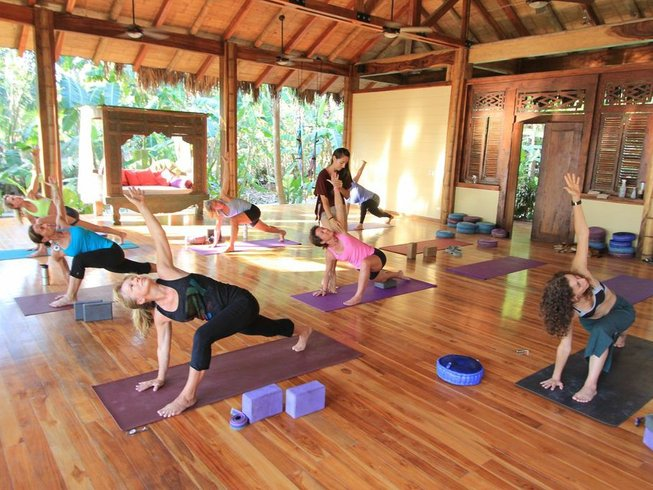 7 Days Surf & Yoga Costa Rica at Believe Villas Santa Teresa