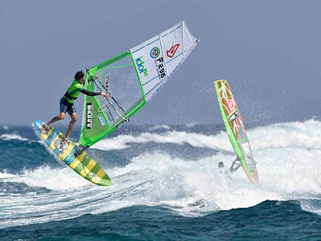 8 Days Windsurfing and Surf Camp in Caleta de Famara, Teguise, Spain