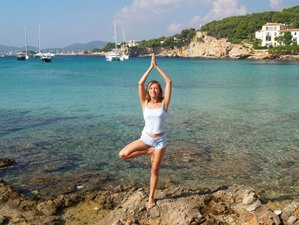 7 Days Detox, Paddle, and Beach Yoga Retreat in Spain