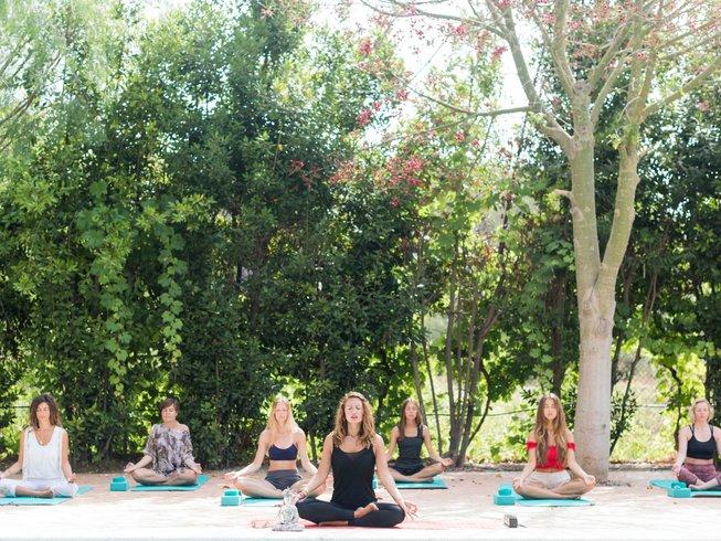 8-Daagse de Kunst van Genezing Yoga Retraite in Ibiza, Spanje