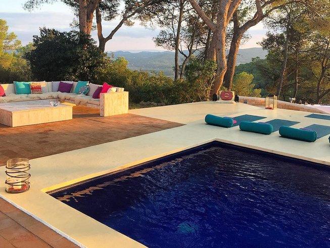 7-Daagse Verjongende Yoga Retreat op Ibiza, Spanje