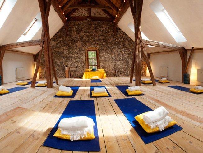 12 Tage Satipatthana Vipassana Meditation Urlaub in Nessereith, Österreich