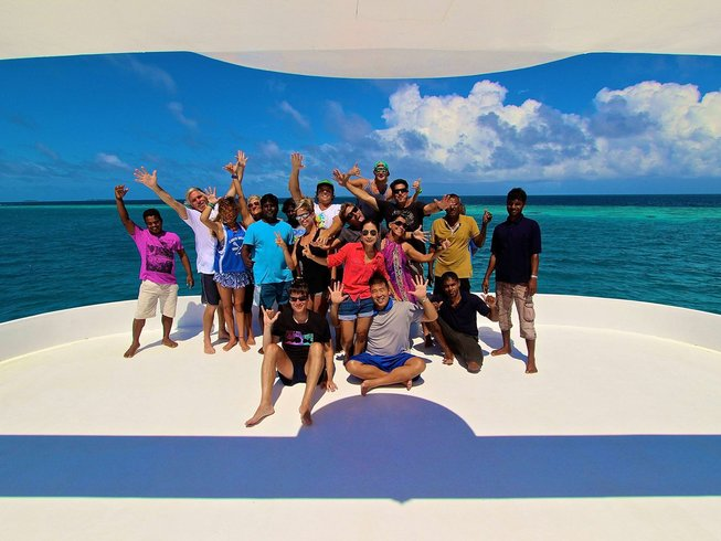 1 Week Surf Charter in Maldives