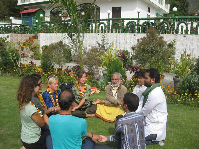 43 Days 300-Hour Hatha YTT in Rishikesh, India