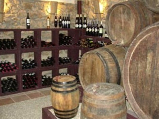 5 Days Cooking, Wine, Gaudi Tour in El Priorat, Spain