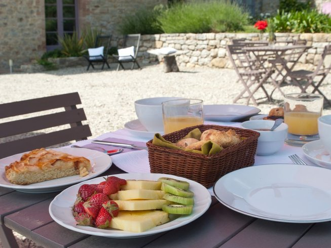 8 Days Cooking Tours & Christmas Break in Umbria, Italy