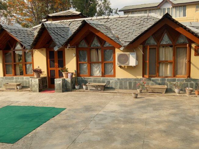 4 jours en stage économique de yoga, détox et méditation en Himalaya, Inde