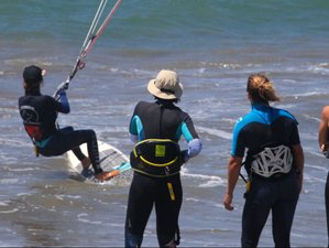 7 Day All-inclusive Kitesurf Wave Clinic for Beginners in North Shore, Ñuro
