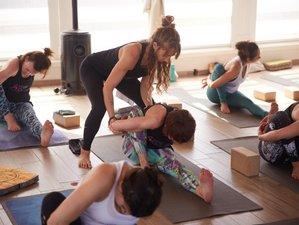 9 Tage 80-Stunden Kunst der Ablaufplanung Vinyasa und Mandala Flow Yoga Ausbildung auf Sizilien