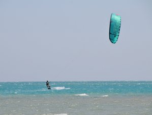 8 Days Beginner Kitesurfing Camp Safaga, Red Sea Governorate, Egypt