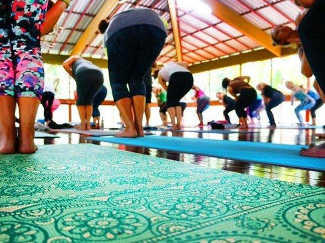 15 días profesorado de yoga de 200 horas en Nosara, Costa Rica