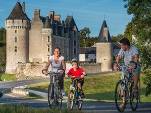 4 Days Family Bike Tour to the Châteaux of the Loire Valley in Loir-et-Cher, France