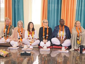 28 Day 200 Hour Yoga & Meditation Dual Certification Teacher Training in Rishikesh