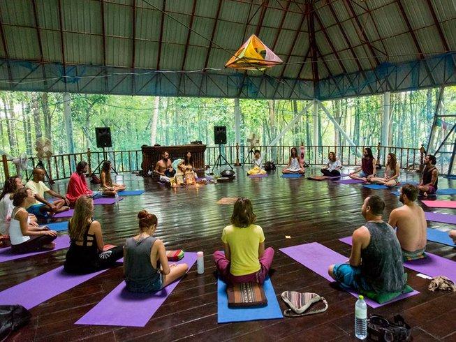 7 días retiro de yoga para transformar cuerpo y mente en Puglia, Italia
