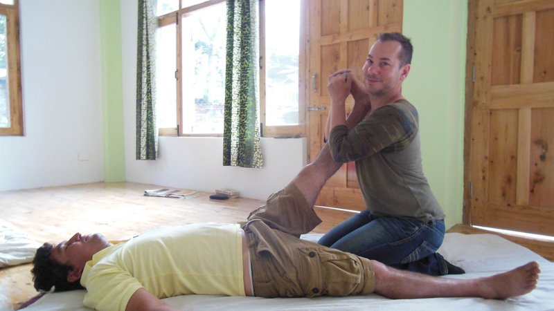 5 Days Thai Massage Course and Yoga Retreat in India