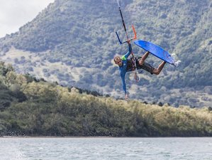 8 Days Kitesurfing Holiday in Le Morne, Maurititus