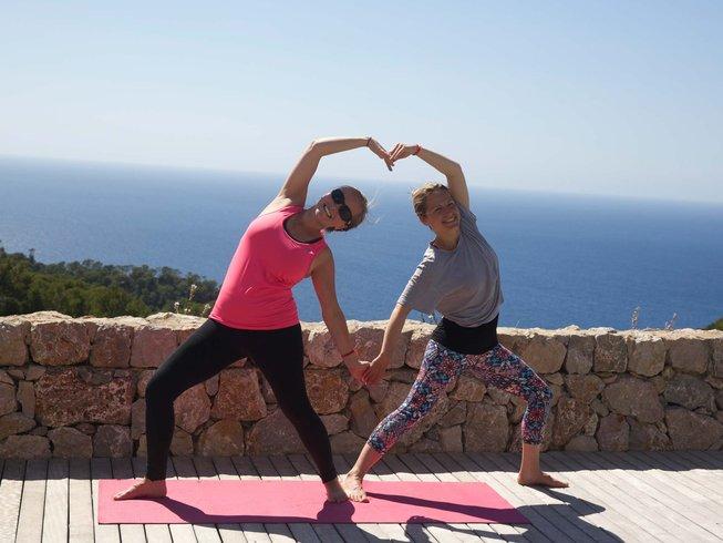 17-Daagse 200-urige Hatha Vinyasa Luxe Yoga Docentenopleiding in Mallorca, Spanje