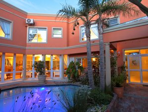 Cinnamon House Bed and Breakfast, Surfers Friendly Accommodation in Cape Town, South Africa
